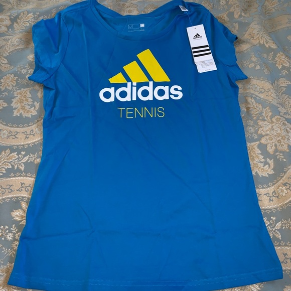 adidas Tops - NWT Adidas Tennis Tee